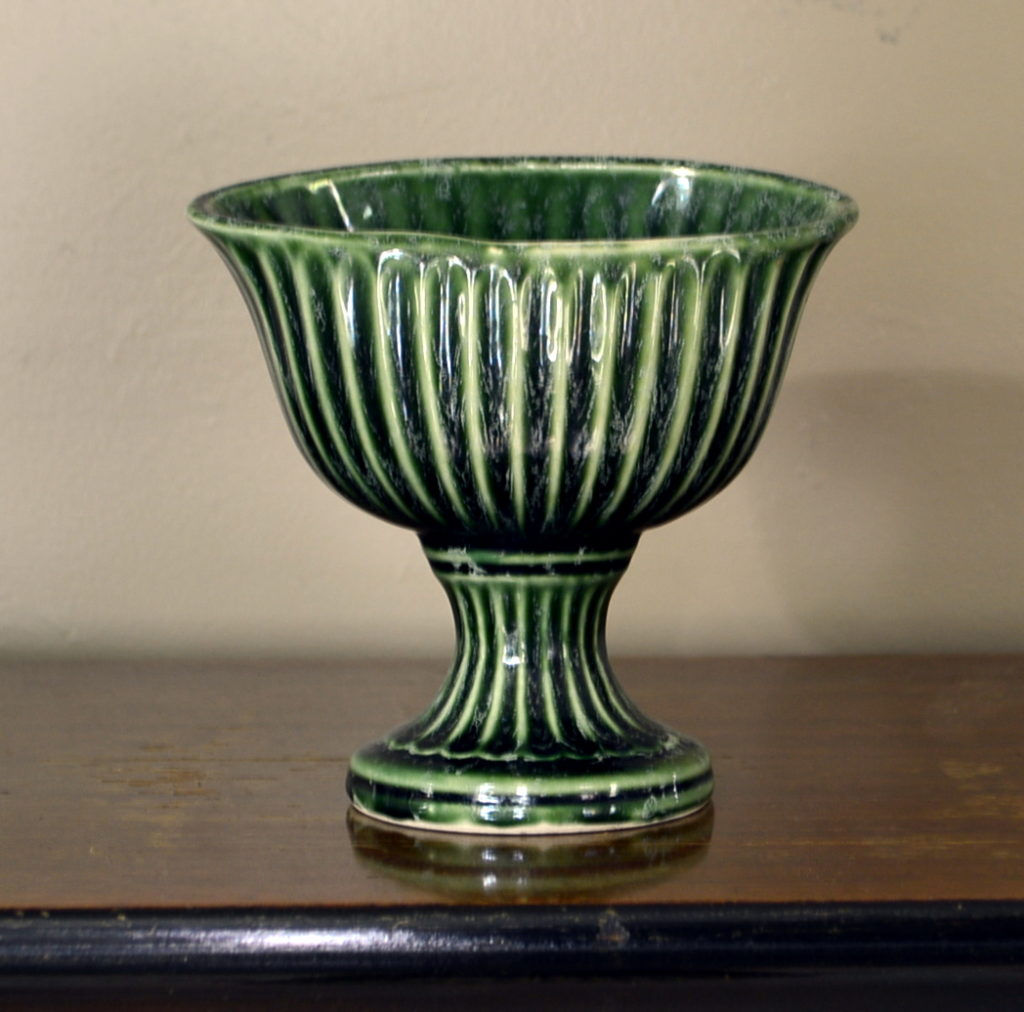 Green-striped-vintage-hull-dish-1