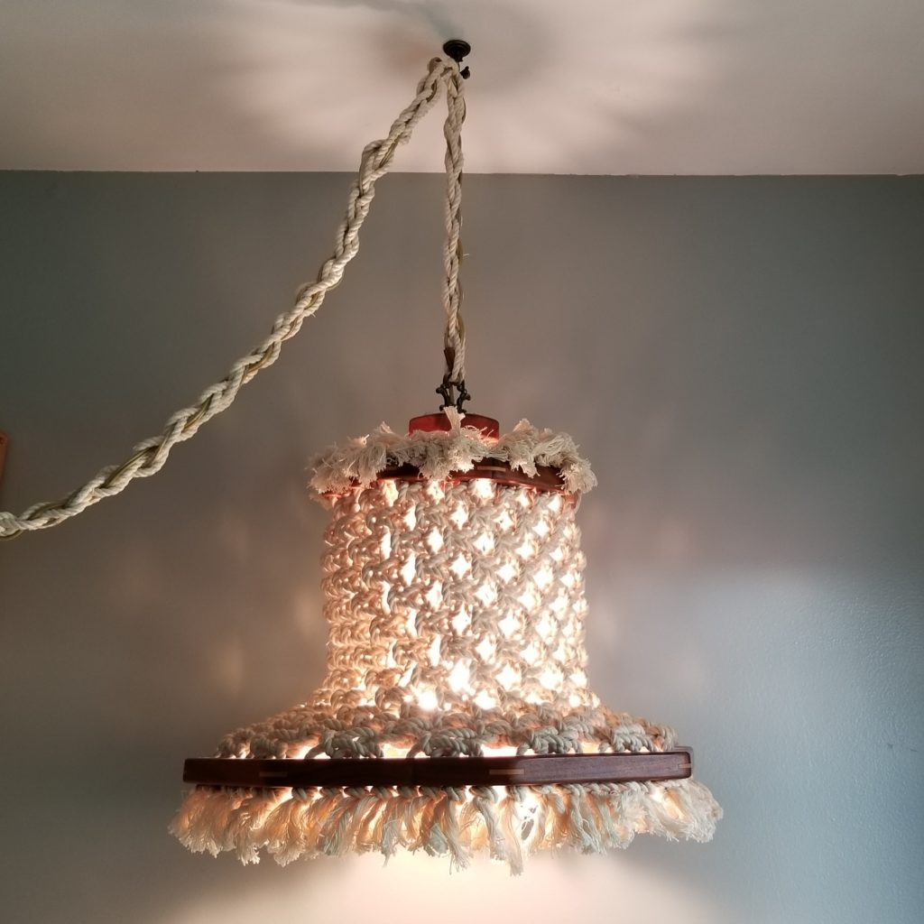 Crocheted Swag Lamp - Retell Seller