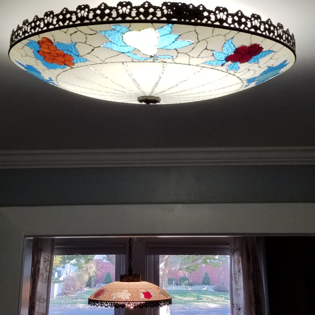 Our dining room light and our kitchen light are matching Sarama lighting fixtures. They have fruit all around and they light up our days...and nights. - Retell Seller